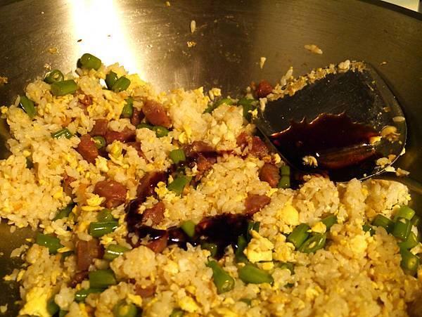 香腸炒飯8