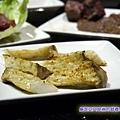 牧島-杏包菇