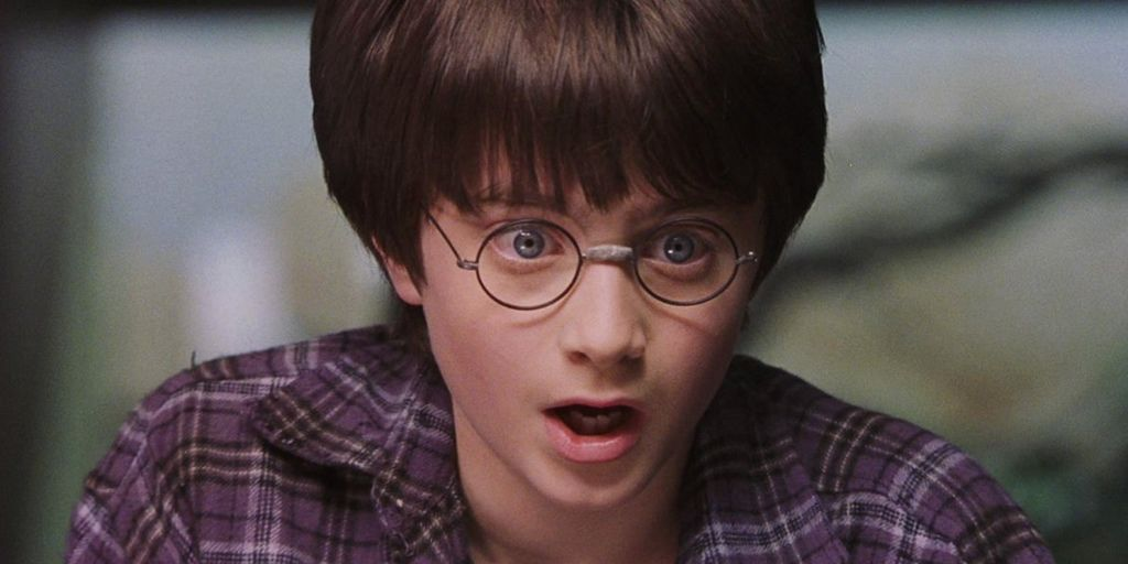 jk-rowling-begged-fans-not-to-spoil-the-new-harry-potter-play-but-the-entire-plot-has-made-it-online.jpg