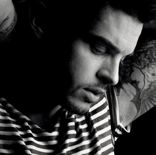 Baptiste Giabiconi -Un Homme Libre_600