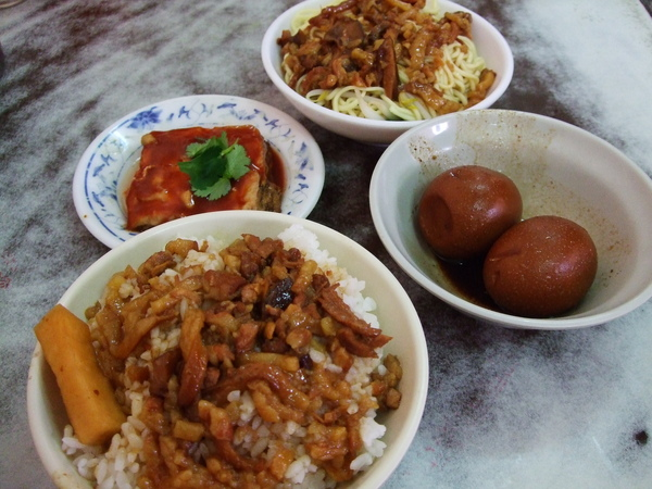 南門市場金鋒滷肉飯