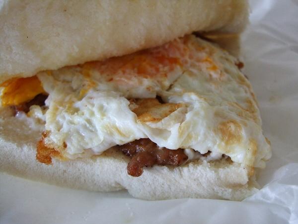 木柵木新路---三三活力早餐肉蛋吐司