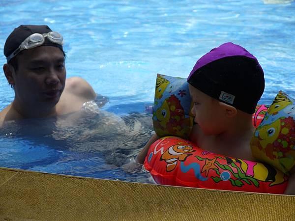 游泳父子5.JPG