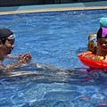 游泳父子4.JPG