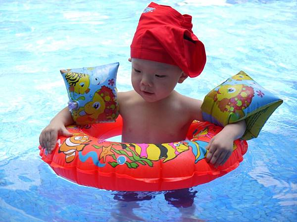 游泳(泳褲變泳帽)4.JPG
