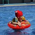 游泳(泳褲變泳帽)2.JPG