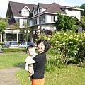 奕翔與外婆1.JPG