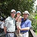 奕誠與爸爸&外公.JPG