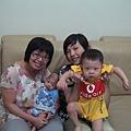純敏阿姨與小愛弟弟1.JPG