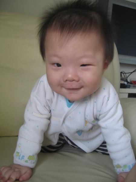 眨眼笑.JPG