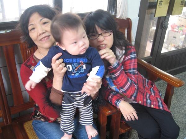 合照-小阿姨&外婆1.JPG