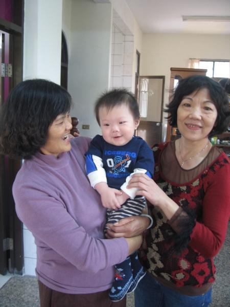 合照-二姨婆&外婆.JPG