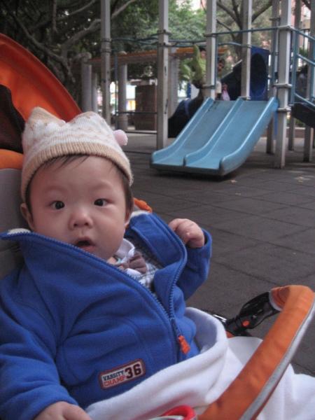 逛公園2.JPG