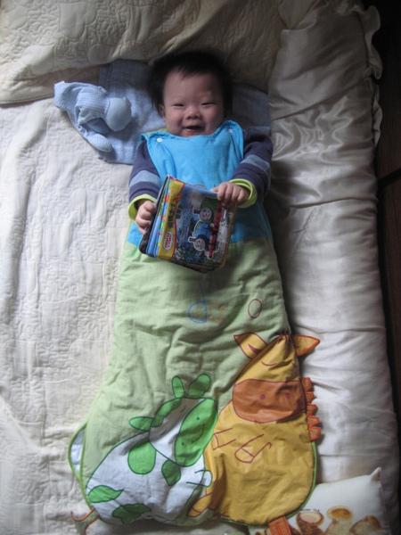 包在睡袋裡.JPG
