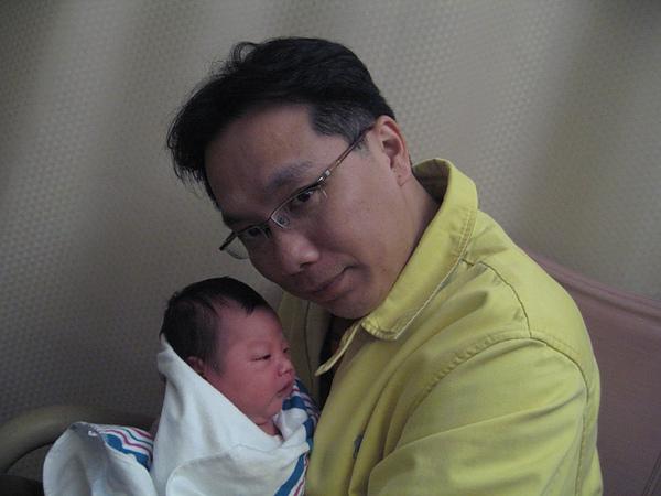 Jaydan & Dad3.JPG