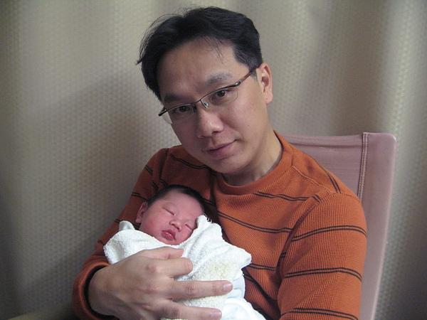 Jaydan & Dad1.JPG