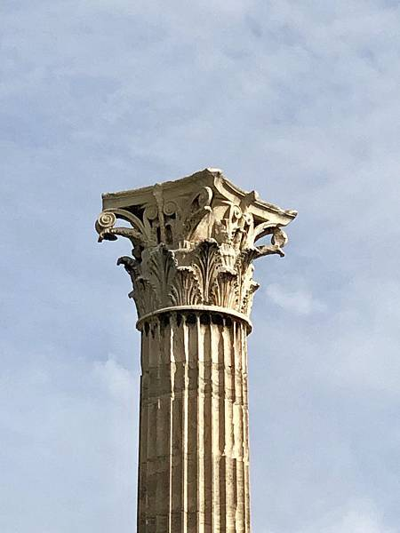 奧林匹亞宙斯神廟的柯林斯柱(The Corinthian columns of the Temple of Olympian Zeus)
