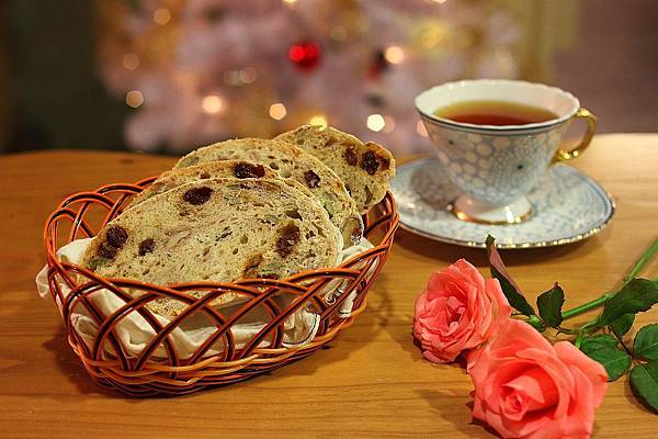 歐式堅果葡萄手工麵包