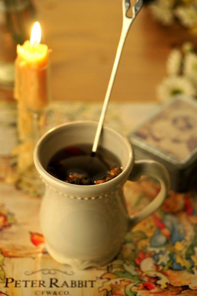 燭光與花茶