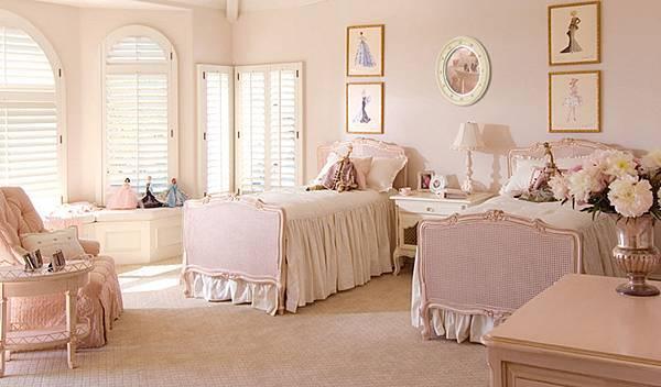 Dominique's Room.jpg
