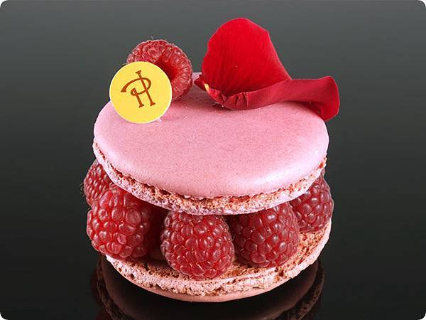pierre-hermé-ispahan-intro-new