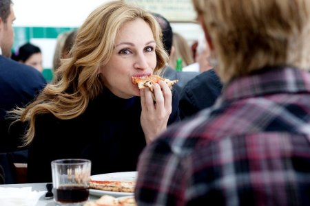 julia-roberts-eat-pray-love-food.jpg
