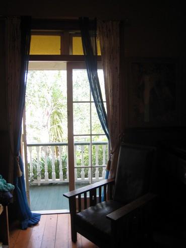 窗戶是落地窗
