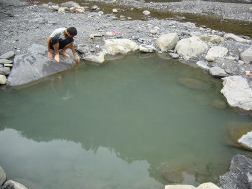 04 秀鑾村 野溪溫泉