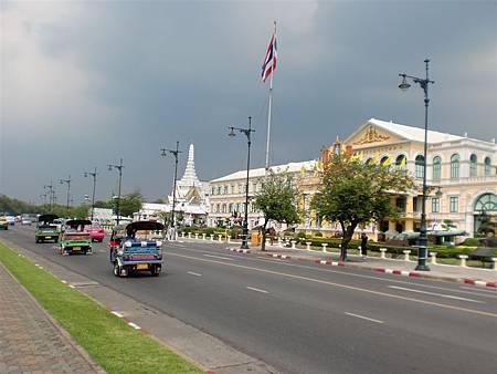大皇宮外的街景