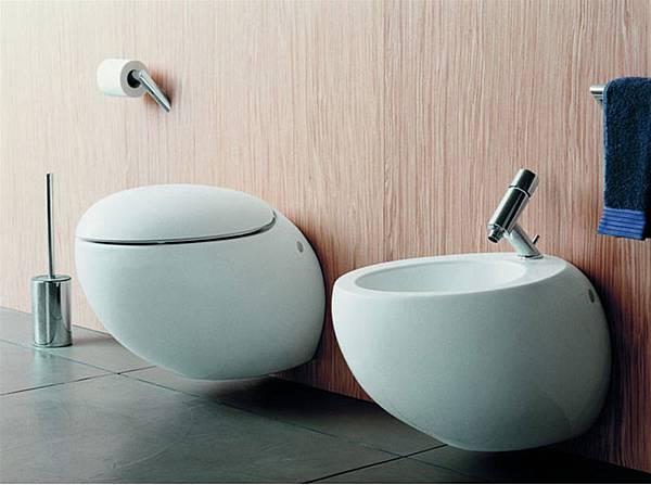 Il-Bagno-Alessi-One-Bowl-Toilet-Design-Ideas-by-Stefano-Giovannoni