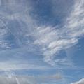從操場往上拍天空.jpg