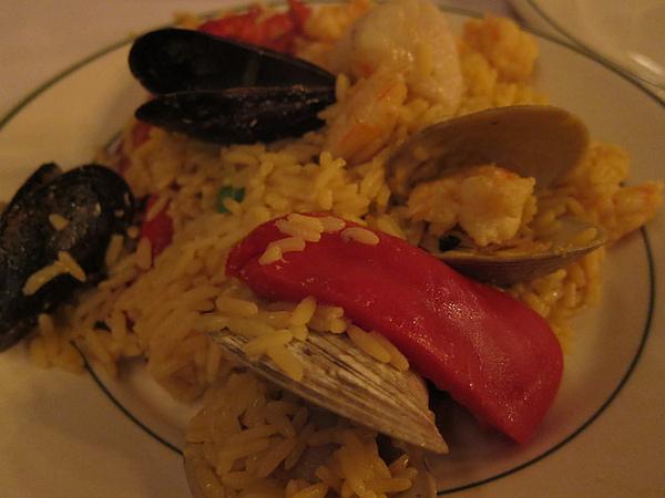 西班牙海鮮燉飯.jpg