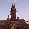 哈佛的紀念館.jpg