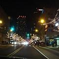 夜晚的街景.jpg