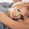 carrie-underwood-jr03