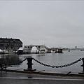 面向Boston港.jpg