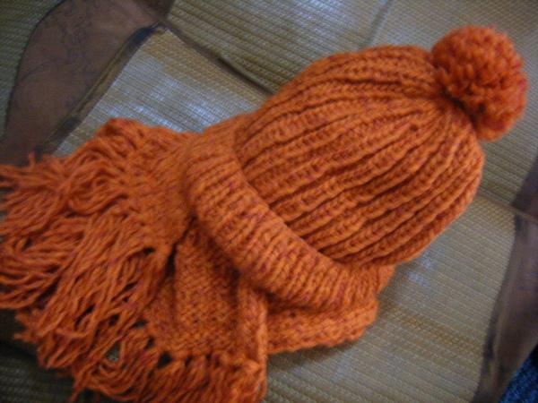 上下變化寬版圍巾帽子組
