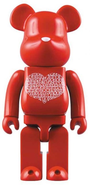 Bearbrick x Stitch 1000% International Love Heart.jpg