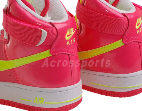 Nike WMNS Air Force 1 High – 亮粉紅 - 螢光黃 01.jpg