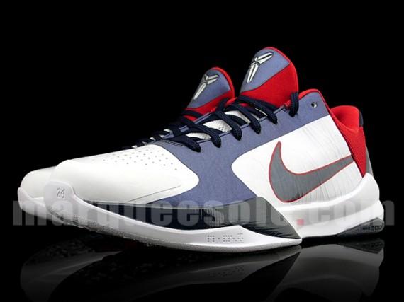 Nike Zoom Kobe V – Team USAB Edition 02.jpg