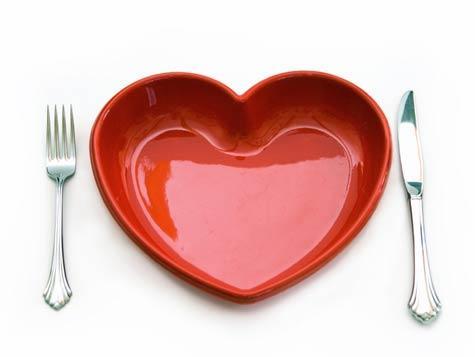 1256406695_80_cutlery_heart_476x357.jpg