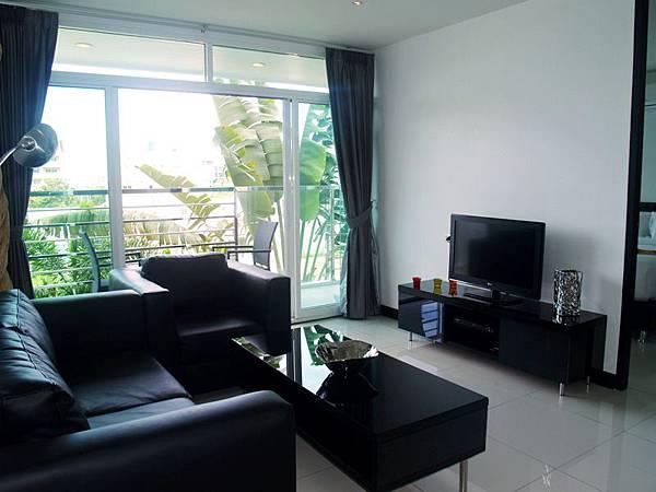 !Living Room.JPG