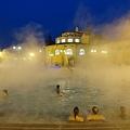 Budapest Szechenyi Bath (8) 零下泡溫泉.JPG
