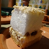 Visegrad 文藝復興餐廳 (6) 匈牙利綿綿蛋糕.JPG