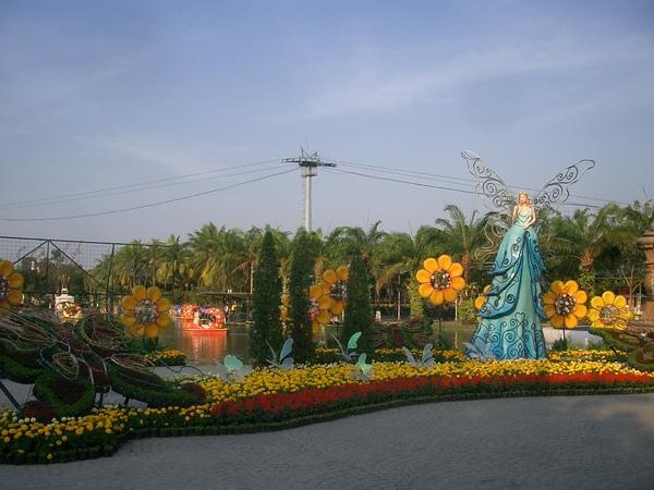 曼谷--夢幻世界 (1) 到處都是夢幻的場景.JPG