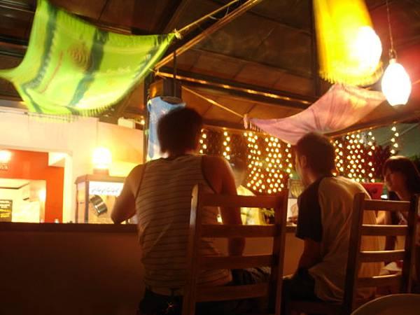 度假村夜Bar