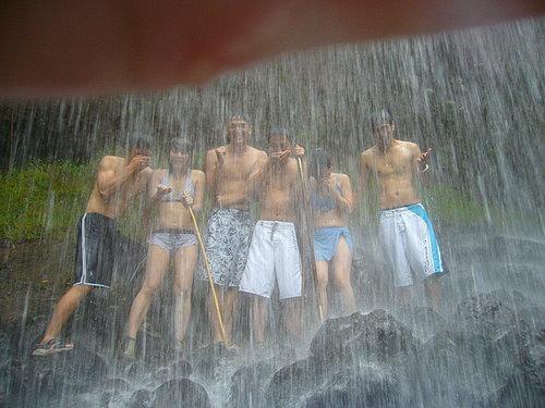 瀑布灌頂2(照片提供:小白)