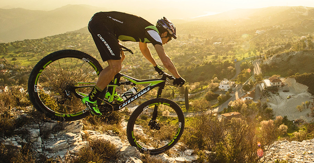 Cannondale-Scalpel-SI-Team-Riding