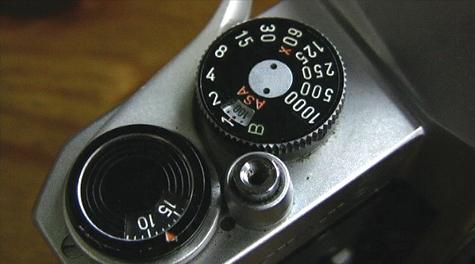 movie-old camera.jpg