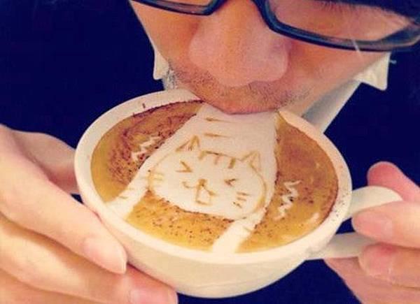 別吸我小貓咖啡拉花.jpg